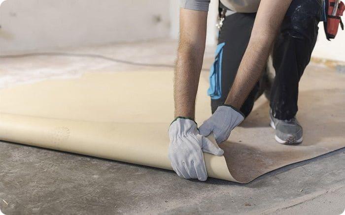 Технология укладки линолеума на бетонный пол.