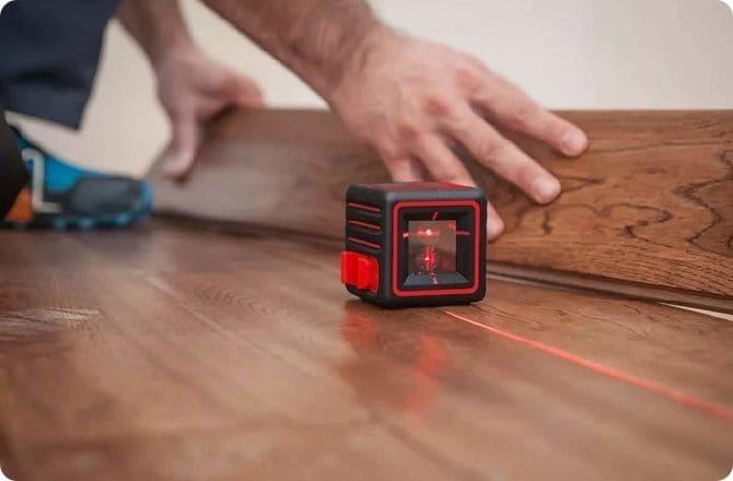 Как пользоваться лазерный нивелиром.