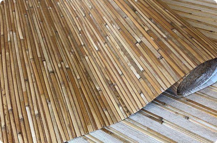 Растительные обои изготавливают из джута, камыша, древесного шпона, пробки, бамбука, папируса и т. п., некоторых видов водорослей.