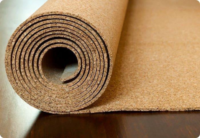 . Пробка – это экологически чистый материал, она выдерживает высокие нагрузки, обладает отличными шумоизоляционными свойствами, не подвержена усадке.