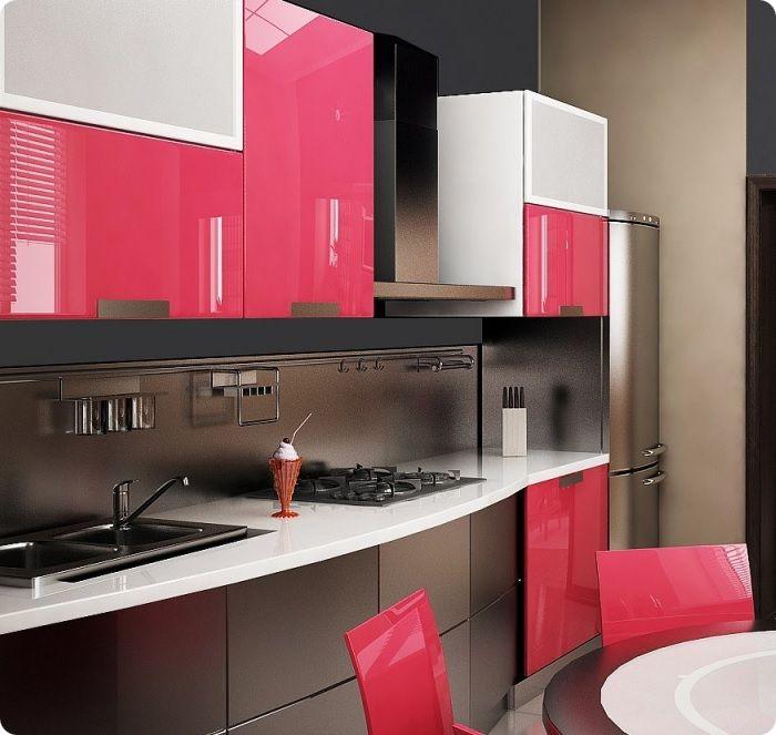 Кухня в розовом цвете.