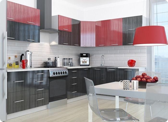 Кухня в красных тонах.