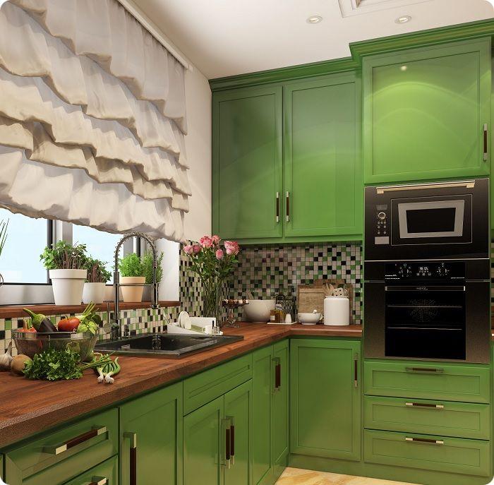 Шторы — важный аксессуар, придающий завершённость кухонному интерьеру.