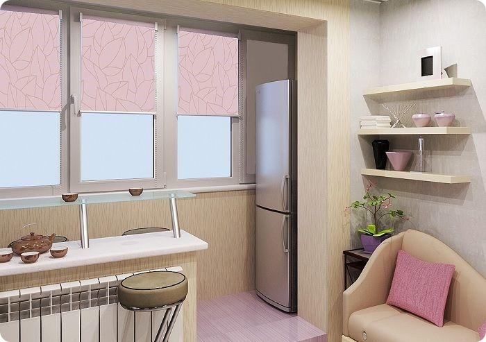 В малогабаритных квартирах холодильник можно поставить на балкон.