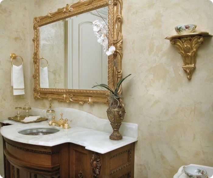 Декоративная штукатурка в ванной комнате.
