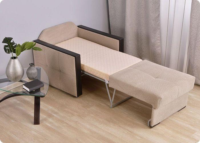Раскладное кресло-кровать — отличный вариант для малогабаритных помещений.
