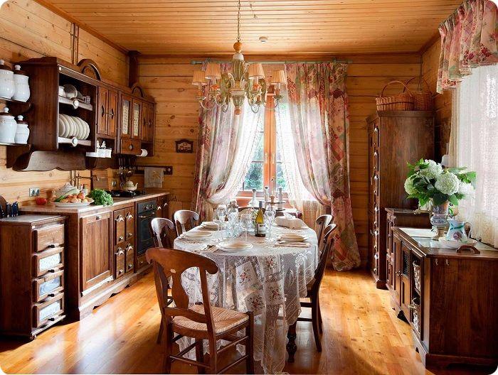 Интерьер, оформленный в деревенском стиле.