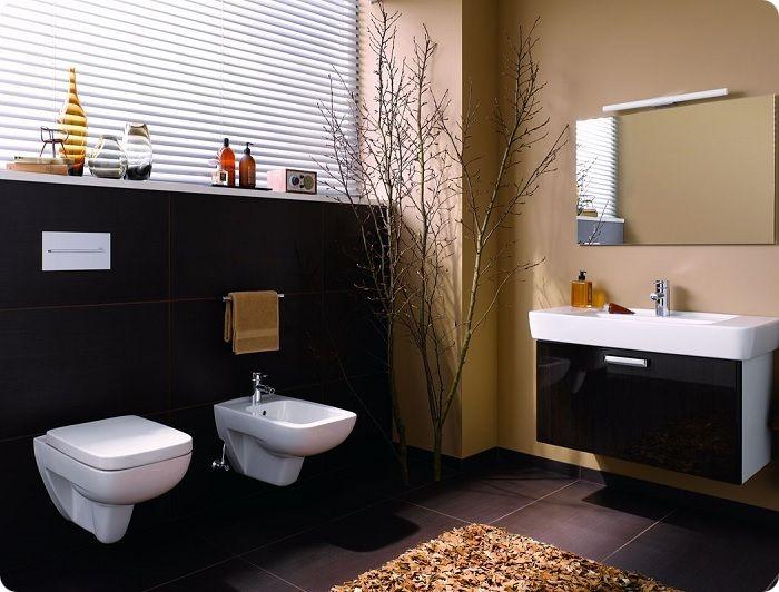Подвесные мебель, умывальник и унитаз создают ощущение невесомости и уменьшают время на уборку.