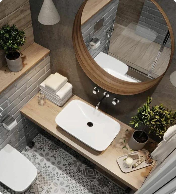 И вот уже финишная прямая. Осталось повесить зеркало, крючки для полотенец, полочки. А в туалете установить держатель для бумаги.