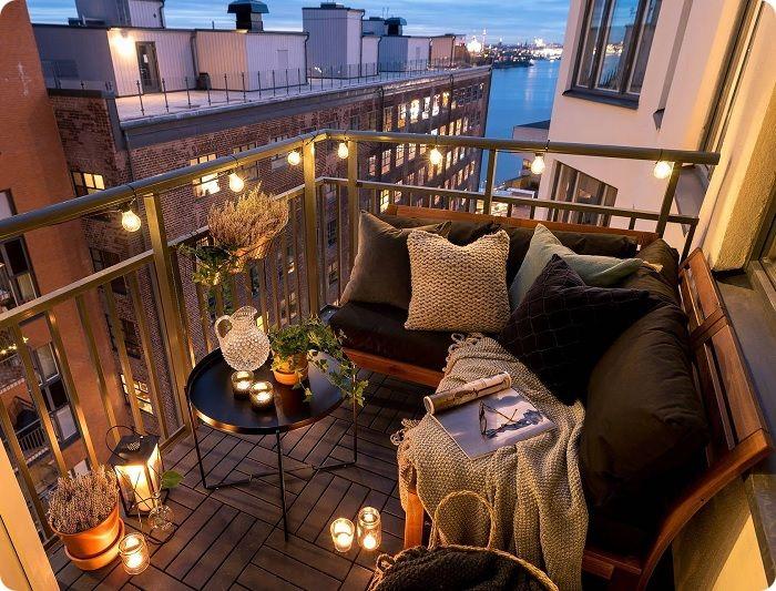 Открытый балкон.