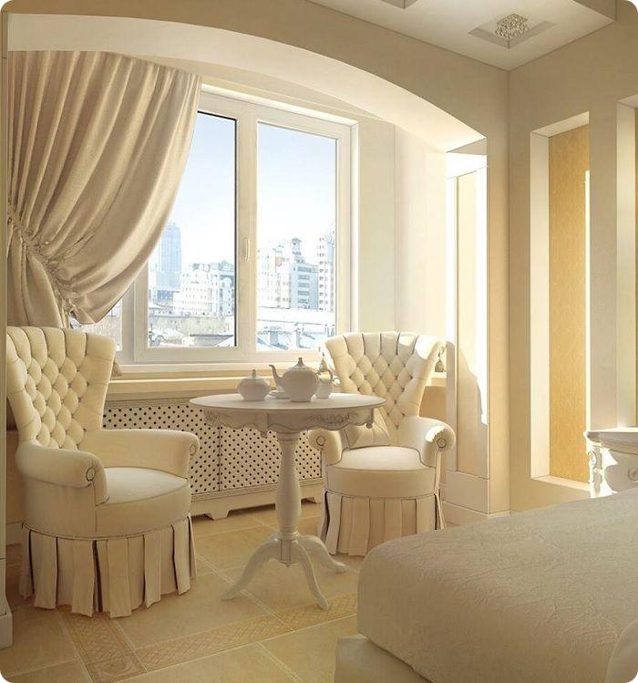 За счёт использования цвета зефира и оформления потолочной области аркой, интерьер стал лёгким и воздушным.