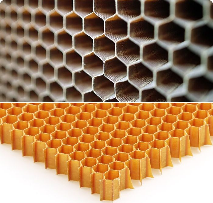Сотопласты выглядят как гофрированные листы с системно расположенными идеальной конфигурации сотами. Изготавливаются на основе бумаги, стеклянной или х/б ткани, которые пропитываются полимерными средствами и антипиренами.