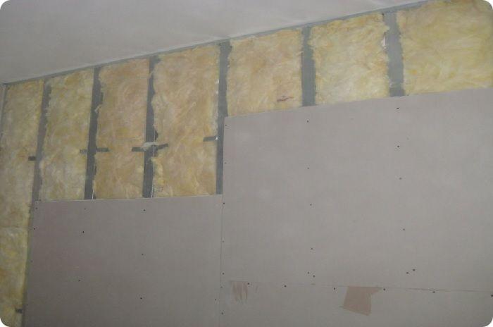 Выравнивание стен гипсокартоном по каркасной технологии.